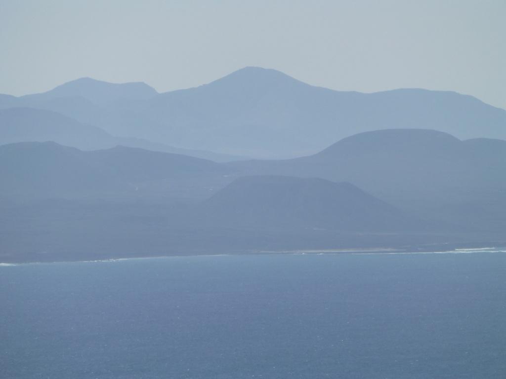 Canary Islands, Lanzarote, Playa Blanca, 2013 - Page 2 13114