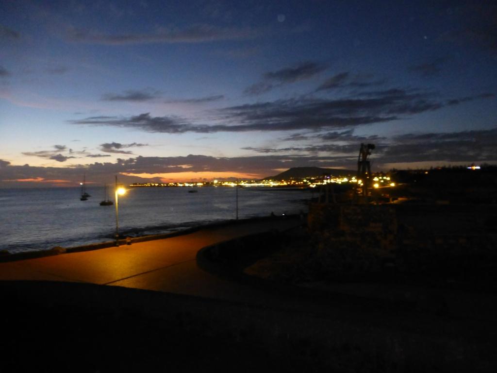 Canary Islands, Lanzarote, Playa Blanca, 2013 - Page 2 16012