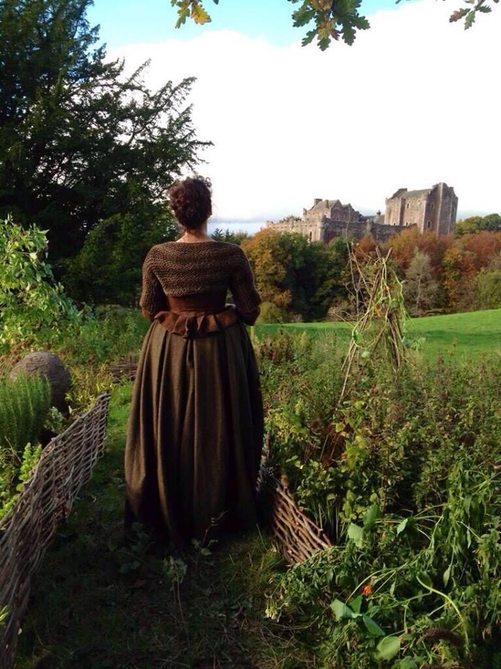 La série TV Outlander: une adaptation en cours (news, tournage, etc...) - Page 2 Claire13