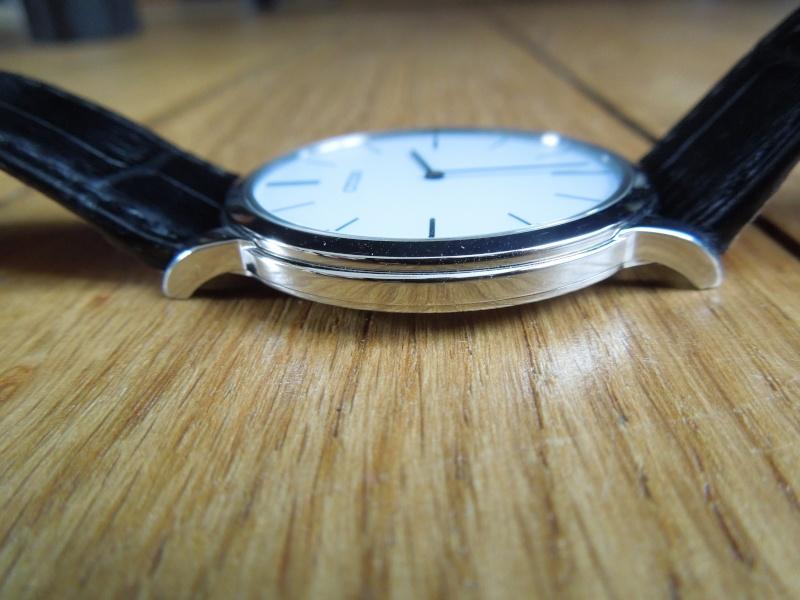 Topic des montres Slim / Thin / pas épaisses quoi ! Dscn4319