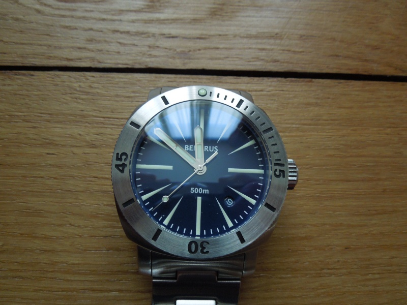 Petite revue de la Benarus Moray Blue Dart Dial (toolwatch inside) Dscn5232