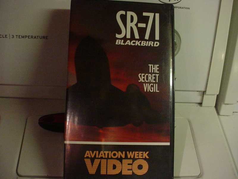 Aircraft books/media/commemoratives  Dsc03921