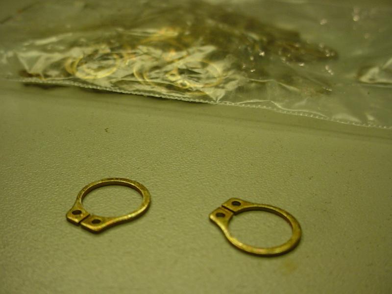 clips-external retaining Dsc03933