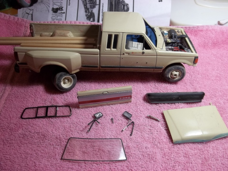 F-350 duallie (laying frame) 00115