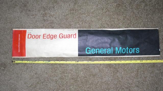 NOS 80-87 2-door edge guards *SOLD* Cimg6212