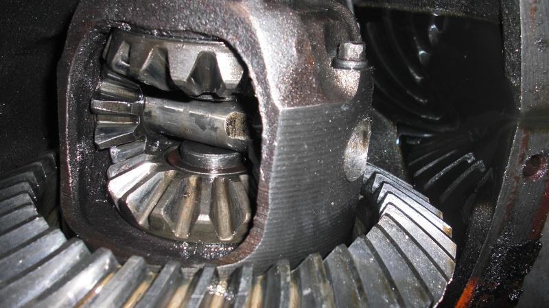 GM 7.5 & 8.5 10 bolt common problem Cimg6815