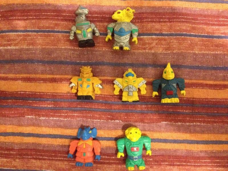 Cerco Robo Monsters Foto_413