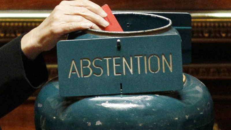 Une abstention record 210c6710