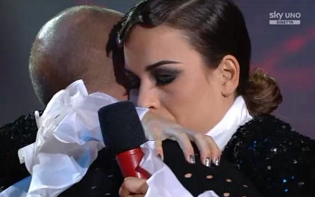 X Factor: eliminato Alan, resta Aba Taglio10