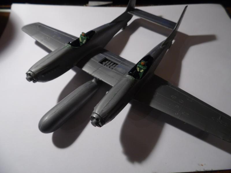 F-82 twin mustang ( monogram au 1/72) Sam_0083