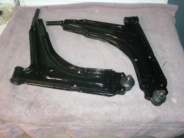 Early Steel A-Arms Modified to Fit Late Offset Cimg2214