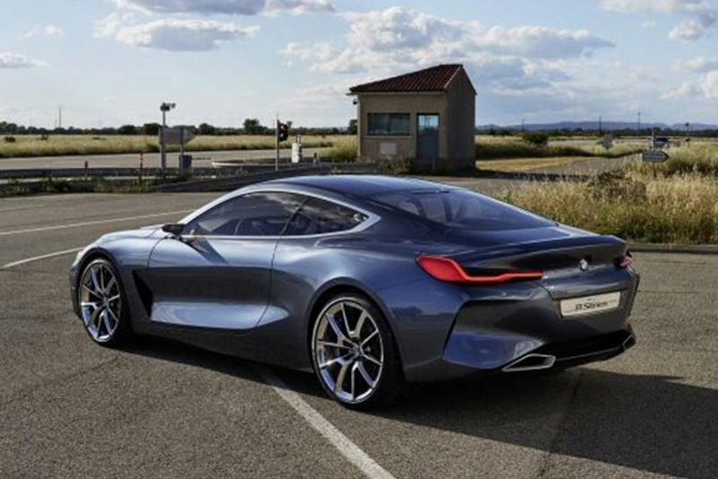 BMW M7series at last. Bmw8se11
