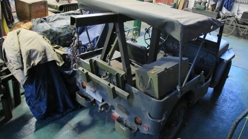 Une Jeep de manutention. Img_2913