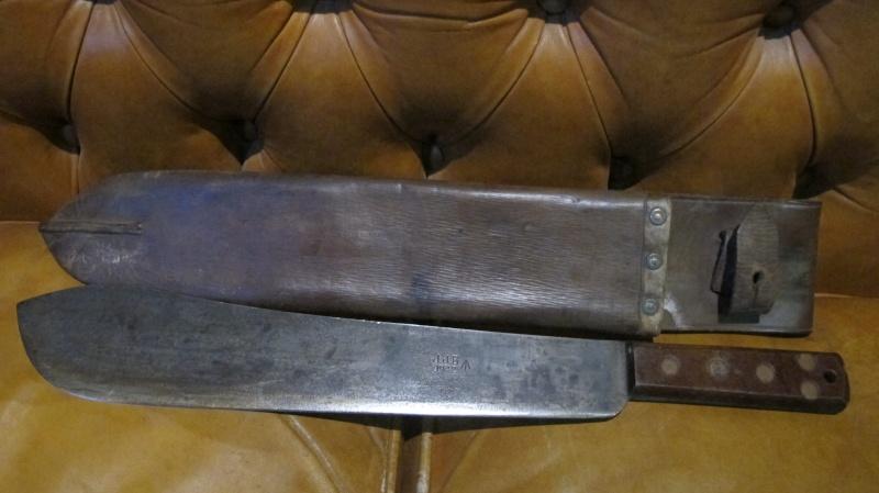 Vos Coupes- coupes , haches,machettes etc..     Img_3036