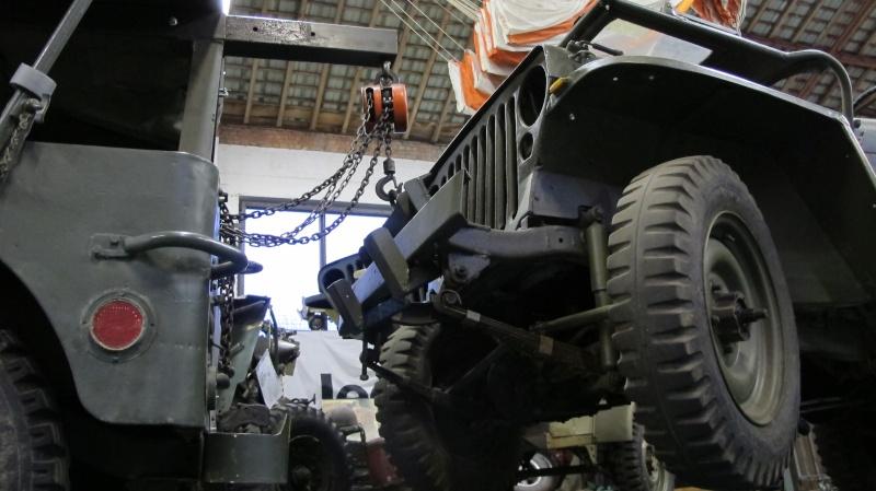 Une Jeep de manutention. Img_3139