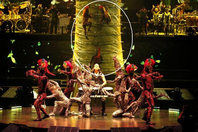 Cirque du Soleil  - Page 6 20120210