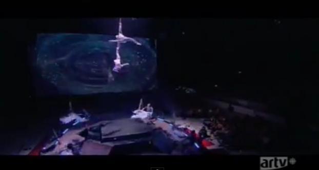 Cirque du Soleil  - Page 6 Cirdoc25