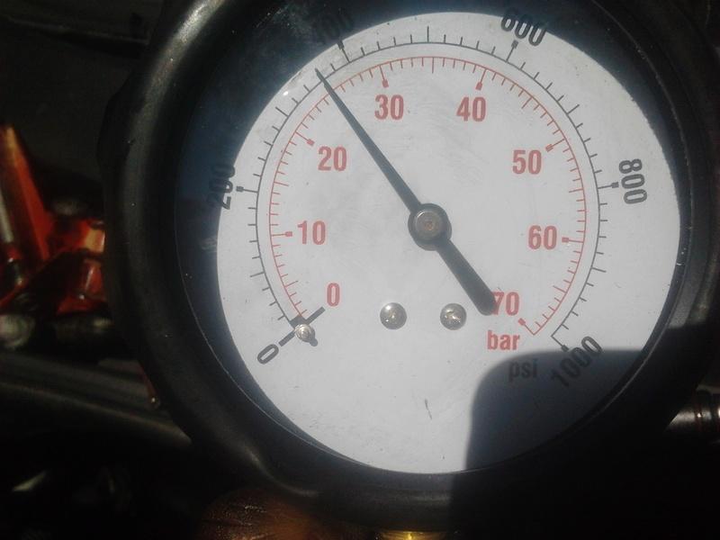 [ CITROEN C3 1.4 hdi an 2005 ] problème fumée noire et fuite huile ? Comp_c11