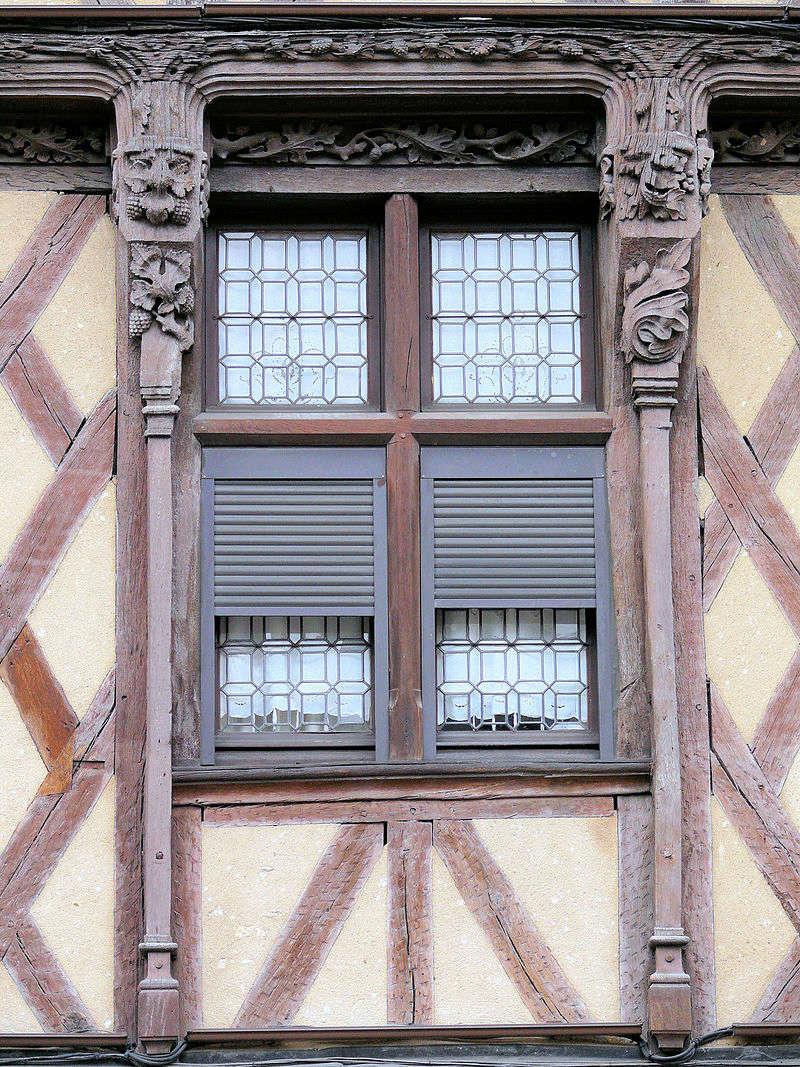 Des fenêtres d'hier et d'aujourd'hui. - Page 27 Fen_d10