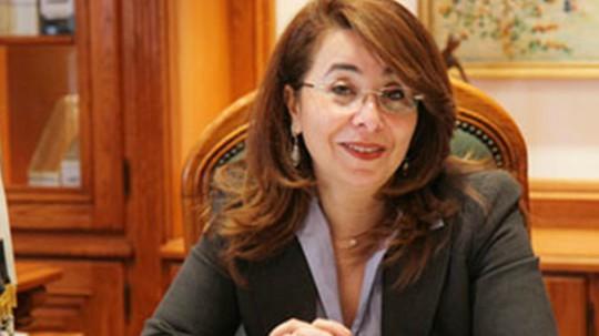 وزيرة التضامن: وقف صرف المعاش لغير المستحقين 174