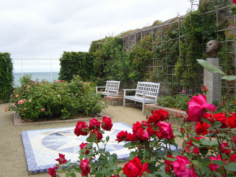 le musée et le jardin de Christian Dior à Granville 28645110