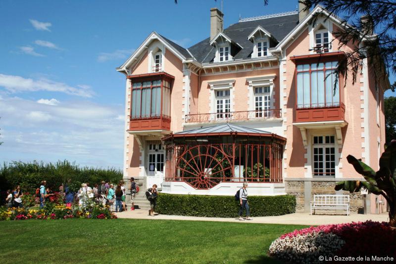 le musée et le jardin de Christian Dior à Granville 323-1510