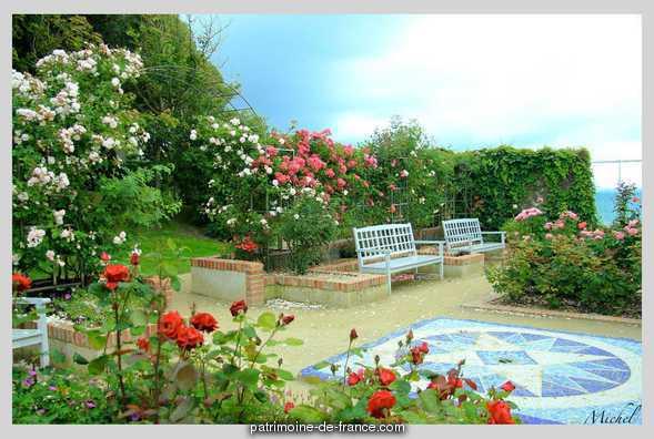 le musée et le jardin de Christian Dior à Granville 66139e10