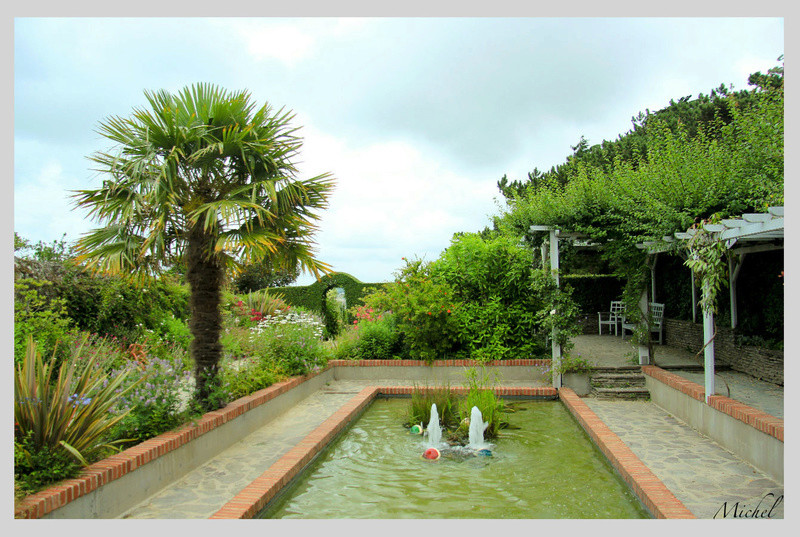 le musée et le jardin de Christian Dior à Granville A5dc5e10
