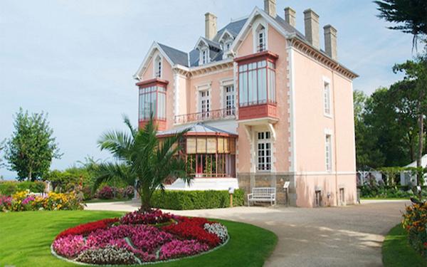 le musée et le jardin de Christian Dior à Granville Dior_m10