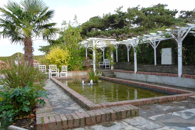 le musée et le jardin de Christian Dior à Granville Granvi10