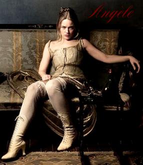 [RP-lieu] La Lanterne Rouge - Page 2 Angele10