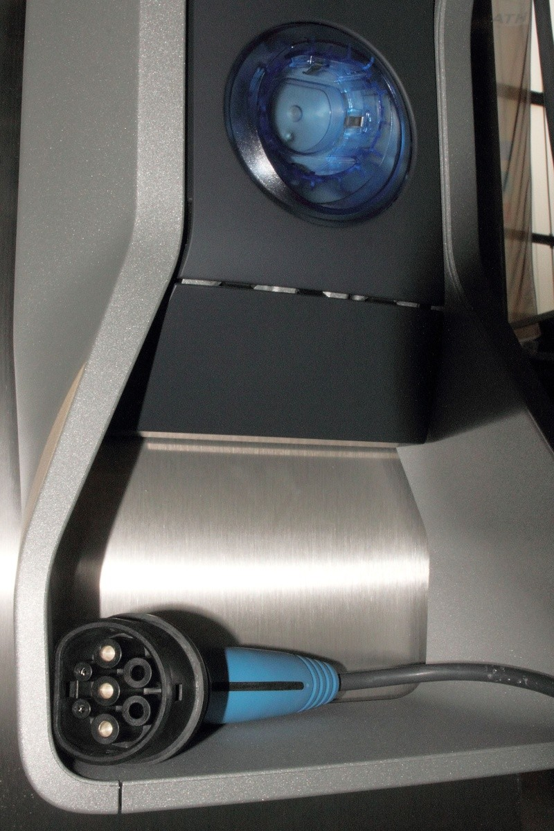 BMW I3 : enfin une électrique crédible... Bmw_i310