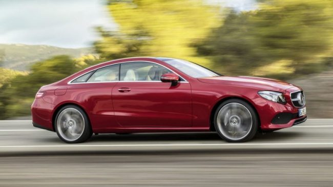 Mercado Premium – Mercedes-Benz registra recorde em março Merced21