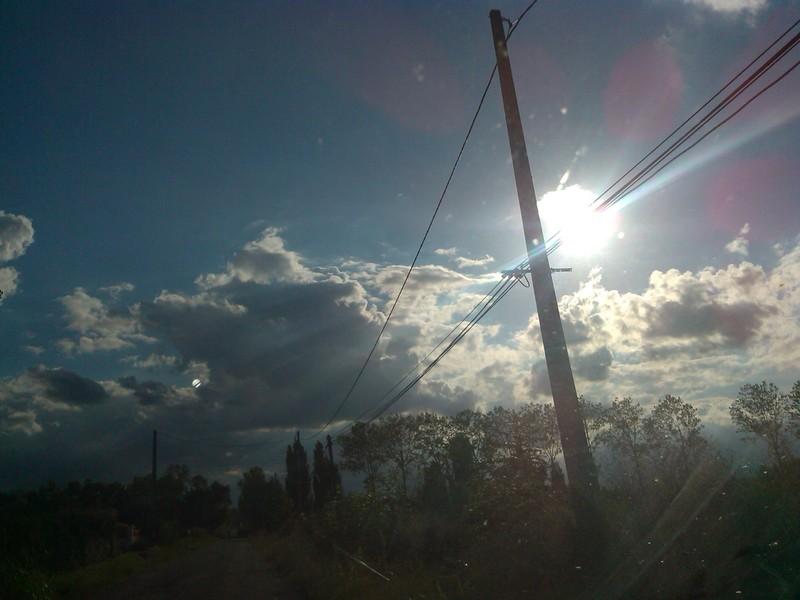 2013: le 10/09 à  - rond brillant sur photoUn phénomène ovni troublant - entre Bressols et Lavilledieu - Tarn-et-Garonne (dép.82) Fqg911