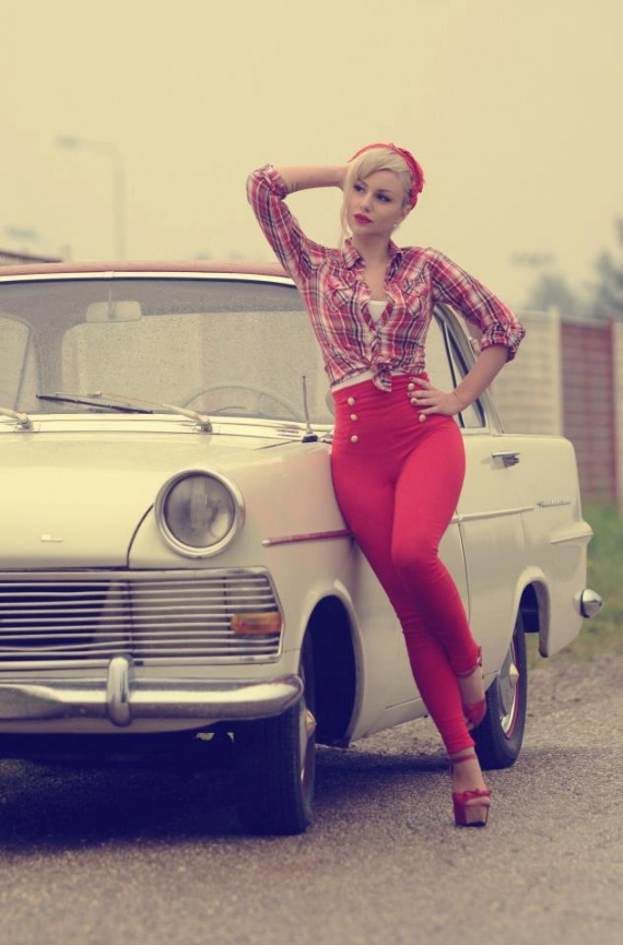 si on faisait une page pin up Pin-up11
