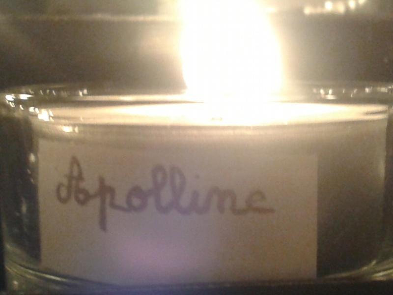 une bougie par anges qui brillera à Lourdes en cette fin d'année - Page 7 Dec20114