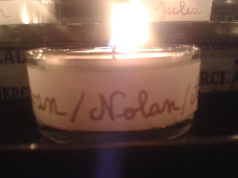 une bougie par anges qui brillera à Lourdes en cette fin d'année - Page 7 Dec20121