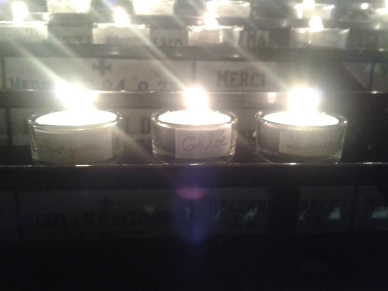une bougie par anges qui brillera à Lourdes en cette fin d'année - Page 7 Dec20127