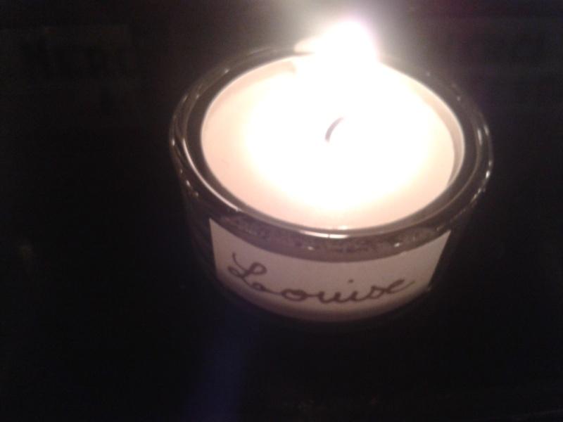 une bougie par anges qui brillera à Lourdes en cette fin d'année - Page 7 Dec20130