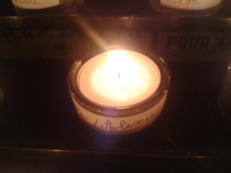 une bougie par anges qui brillera à Lourdes en cette fin d'année - Page 7 Dec20145