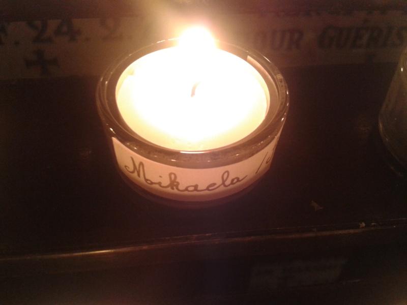 une bougie par anges qui brillera à Lourdes en cette fin d'année - Page 7 Dec20146