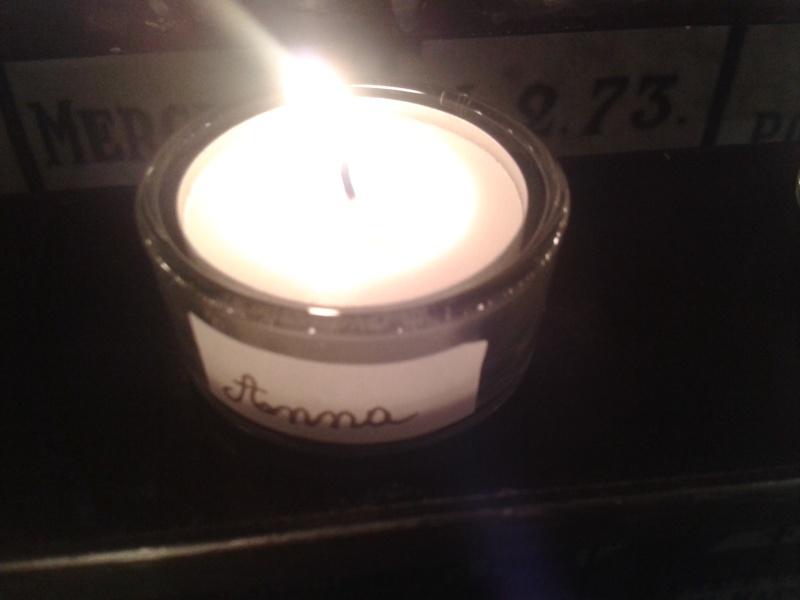 une bougie par anges qui brillera à Lourdes en cette fin d'année - Page 7 Dec20148