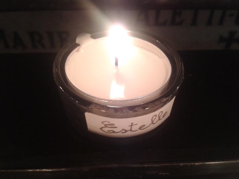une bougie par anges qui brillera à Lourdes en cette fin d'année - Page 7 Dec20157