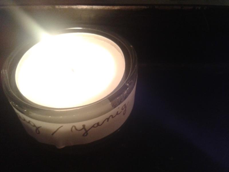 une bougie par anges qui brillera à Lourdes en cette fin d'année - Page 8 Dec20168
