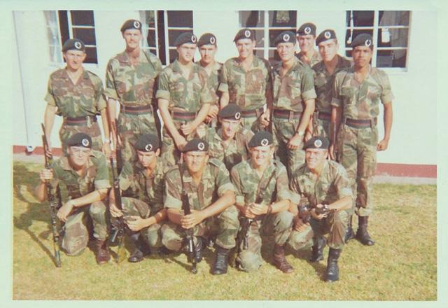 Brushstroke Uniform Co_ins10