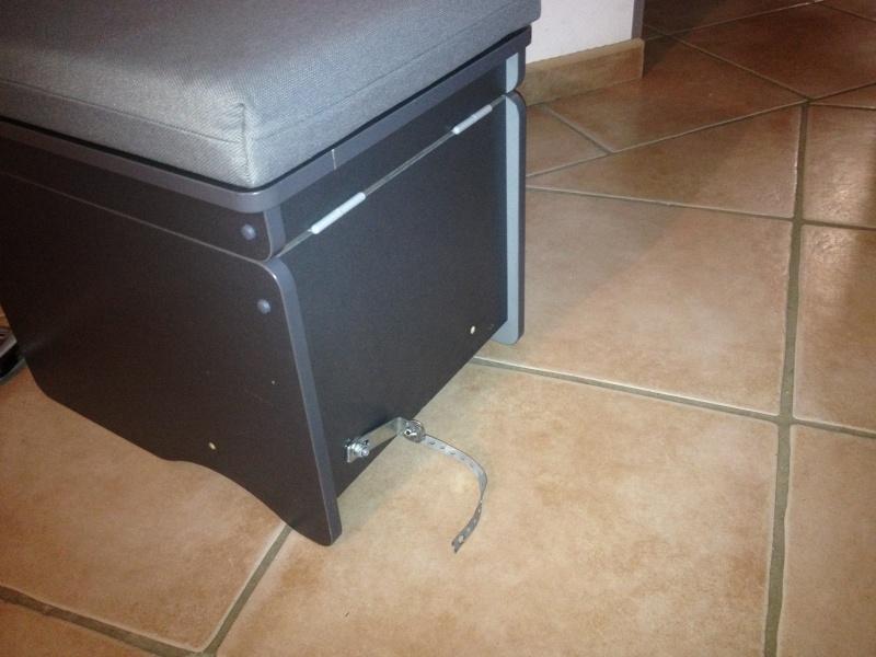 montage du coffre WC Westfalia Photo_12