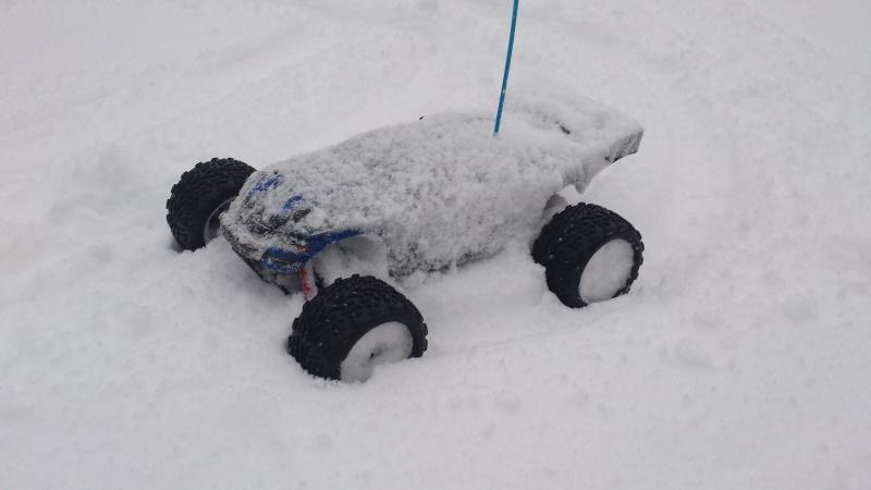 E-Revo VXL TAT998 videos ds la neige Dsc_0018