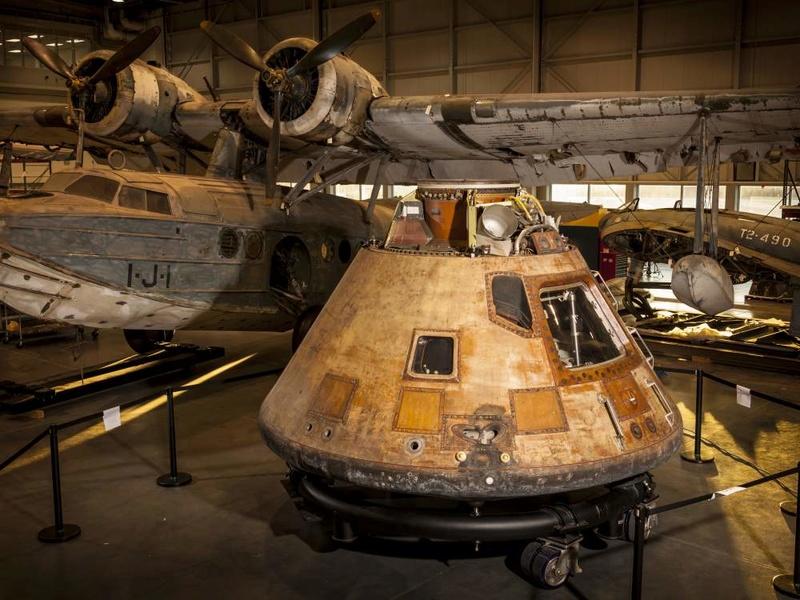 Restauration de Columbia - Apollo 11. Nasm2010