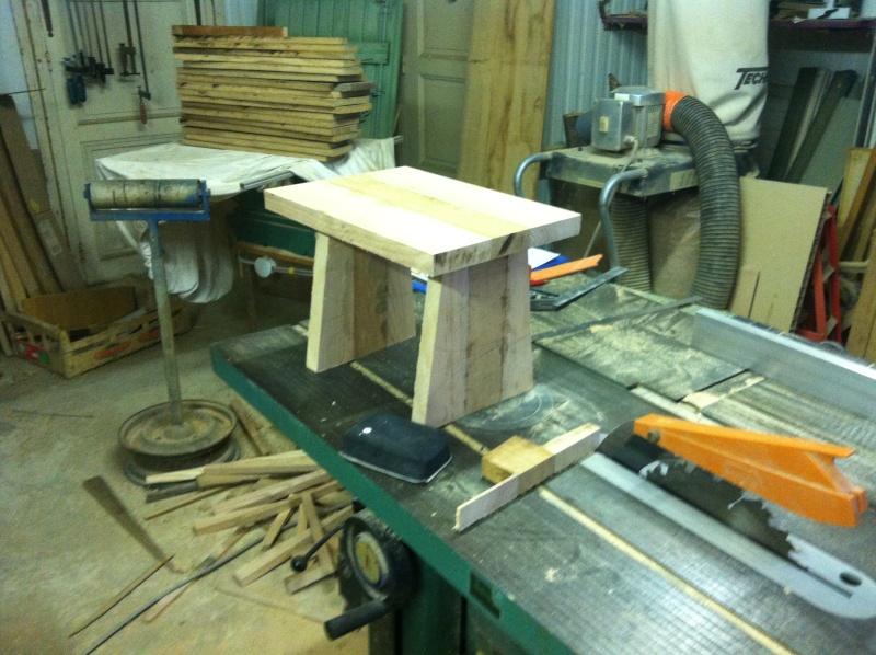 petite table pour petit bout de chou Img_1615