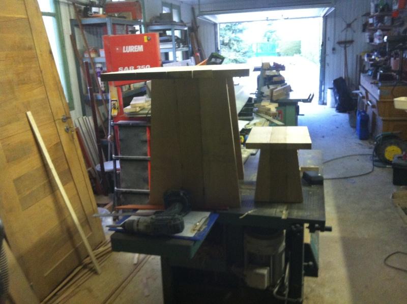 petite table pour petit bout de chou Img_1616